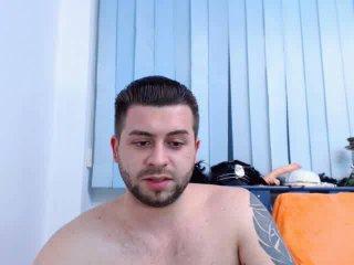 GiulianoHotty girl porno webcam chat